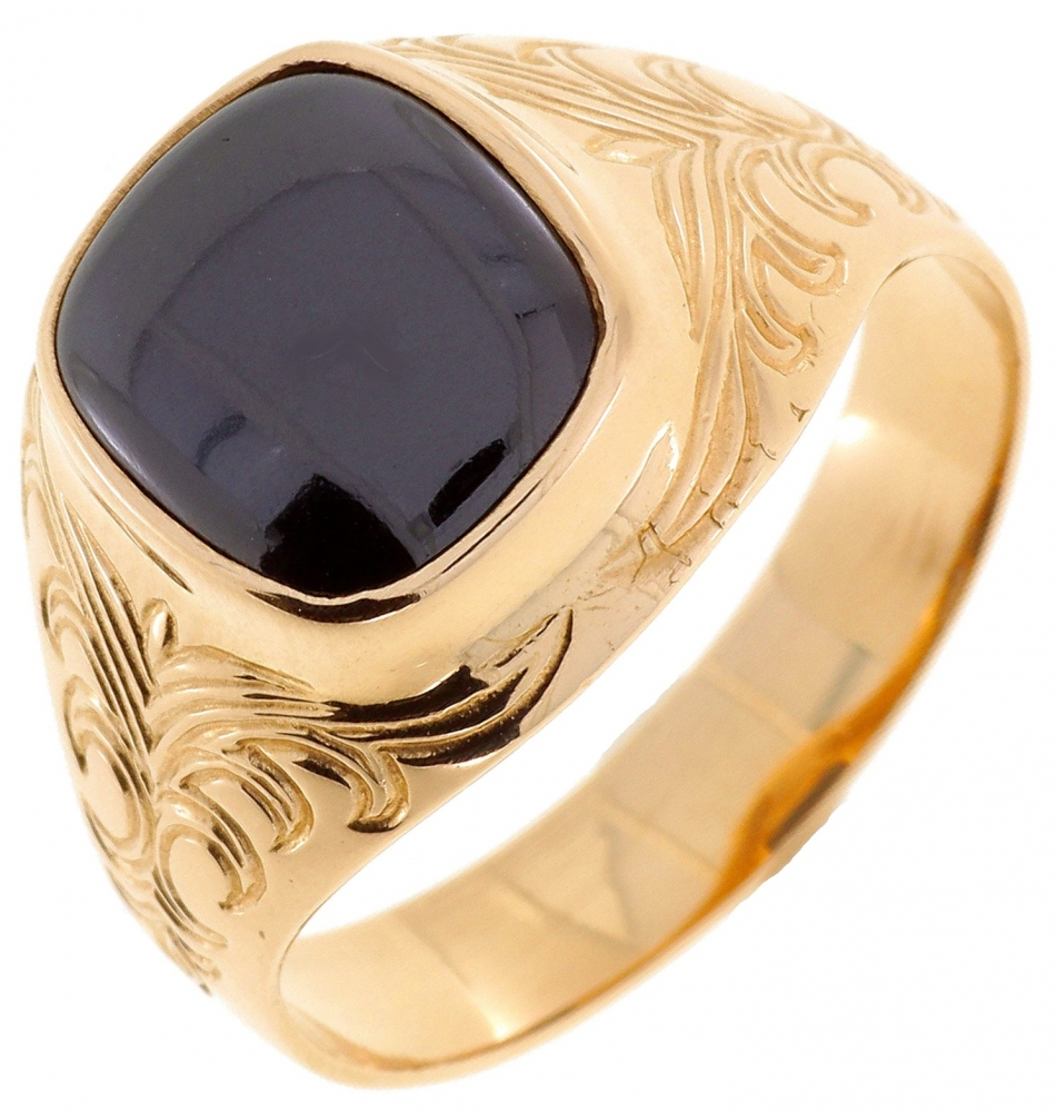 Male gold ring with black zirconia