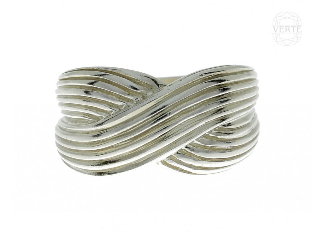 Silver female ring