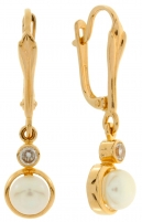 Gold earrings with pearl and zircon.